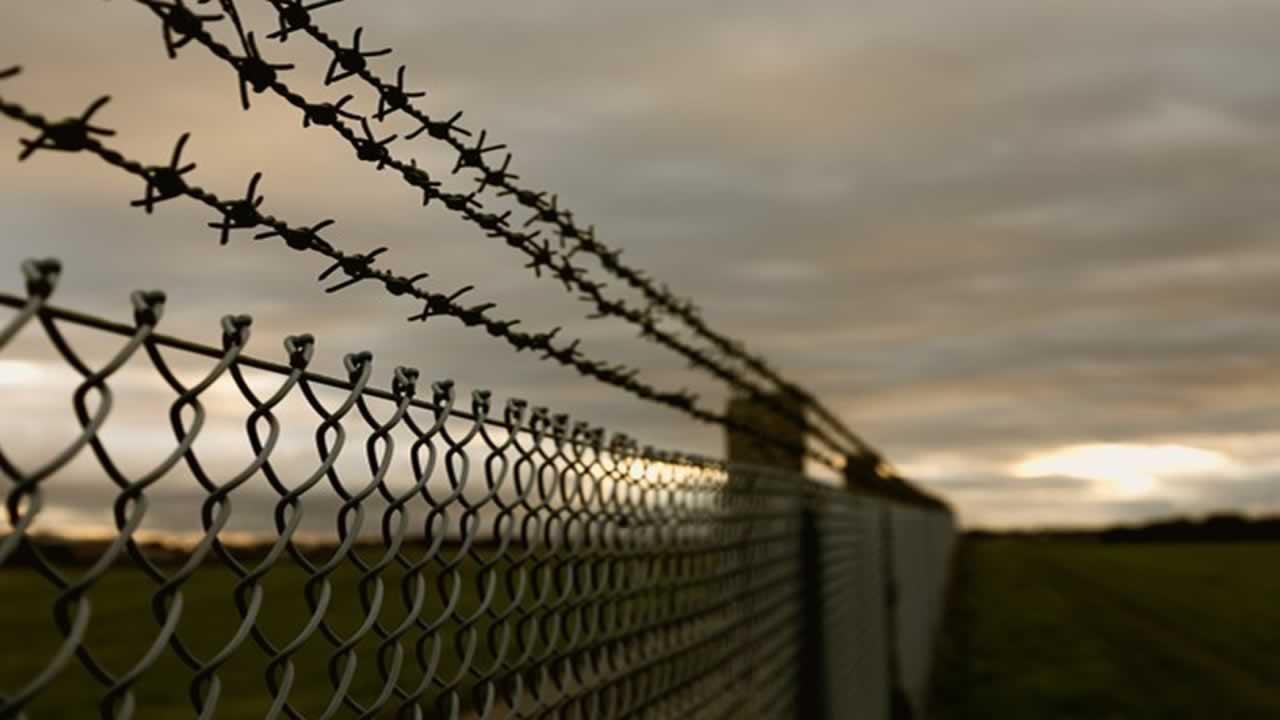 funciones del funcionario de Prisiones